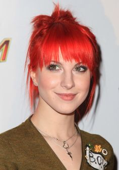 Hayley Williams Messy Updo