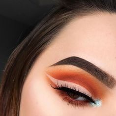 This vibrant look with negative space eyeliner, by will put a little pep in your step! Makeup Geek, Prom Makeup, Skin Makeup, Makeup Inspo, Makeup Art, Makeup Addict, Makeup Inspiration, Makeup Blog, Makeup Ideas