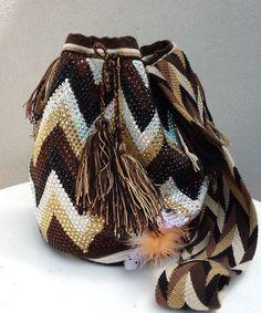 Wayuu special gold zigzag
