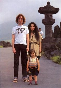 John Lennon, Yoko Ono and Sean - I used to put Tiana on a leash too - probably the only thing I have in common with John & yoko