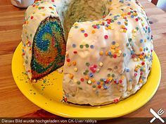 Dreadys Papageienkuchen Dready's Parrot Cake, a great cake recipe. Lego Birthday Party, Birthday Cake, 4th Birthday, Baked Breakfast Recipes, Eat Pray Love, Easy Baking Recipes, Colorful Cakes, Sweet Cakes, Nutella