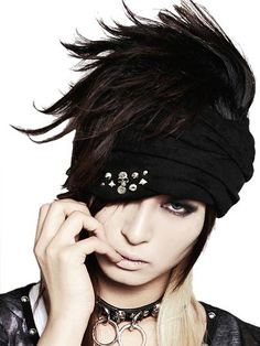 SKULL STUDS Turban & Neck Warmer / See more at www.cdjapan.co.jp... #punk #jrock
