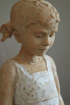 The sculptures of Marie-Hélène Huet Vallade-honored Human Sculpture, Sculpture Head, Sculptures Céramiques, Pottery Sculpture, Ceramic Figures, Ceramic Art, Atelier D Art, Terracota, Clay Art
