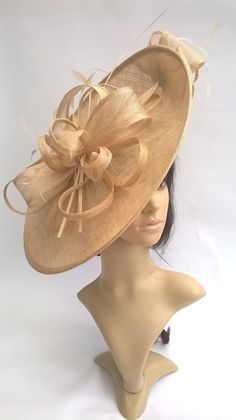 c8b31faea01 specialdayfascinator.co.uk Sophia.Pale gold Hatinator..Stunning Sinamay  Fascinator Hat