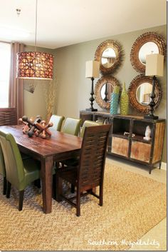 Dining room design by IO-Metro Decorating Your Home, Interior Decorating, Interior Design, Decorating Ideas, Dining Room Design, Dining Room Table, Dining Area, My Living Room, Apartment Living