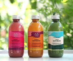 The Body Shop New Bath Blends | British Beauty Blogger Bath And Body Shop, Body Shop At Home, The Body Shop, Bath And Body Works, Body Shop Online, Best Body Shop Products, Body Shop Skincare, Glow Up Tips, Good Skin