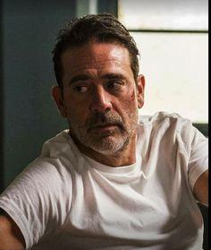 The Walking Dead John Winchester, Jeffrey Dean Morgan, The Walking Dead, Grey's Anatomy, Negan Lucille, Jon Bernthal, Medical Drama, Carl Grimes, Older Men