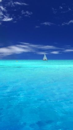 Sailing in the tropics. #sail