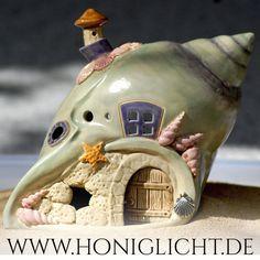 Muschelhaus Windlicht von Honiglicht-Keramik