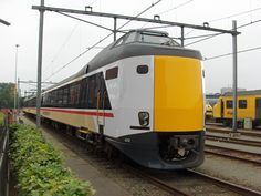 A different Dutch train in a British livery, this time an ICM unit, also known as a Koploper, in Intercity Swallow colours