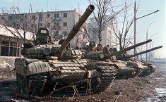 Russian Tanks - Chechnya 2000
