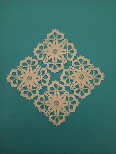 Crochet Dollies, Crochet Lace Edging, Crochet Basket Pattern, Crochet Diagram, Crochet Squares, Irish Crochet, Baby Knitting Patterns, Crochet Flowers, Crochet Patterns