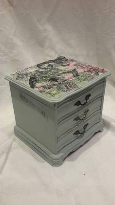 Alice In Wonderland Musical Jewellery Box Shabby Chic Upcycled