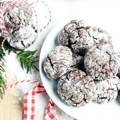 Hello and Happy December to all The 36th Avenue readers! It's Aniko from Place Of My Taste and I am here to share a fantastic Christmas cookie recipe with you all today. We give cookies to friends and neighbors each year for Christmas. I try to give something different every year though. This was the first time …