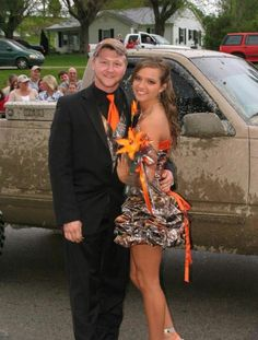 Haha cute camo prom outfit lol