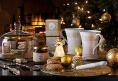 Laura Ashley Blog | HOW TO: DRESS YOUR CHRISTMAS DINNER TABLE | http://www.lauraashley.com/blog