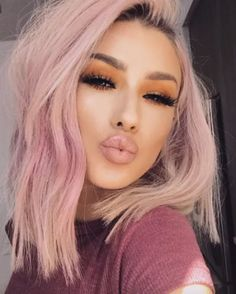 Pink ombre Beauty What do in 2020 Hair color pink Pink ombre Beauty What do in 2020 Hair color pink Lsybeauty Hair Pastel Pink Hair, Hair Color Pink, Cool Hair Color, Pretty Pastel, Rose Pink Hair, Pastel Blonde, Pink Blonde Hair, Cute Hair Colors, Pink Wig