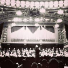 http://www.alexdamian.ro/2013/11/rachmaninov-sau-crivatul-din-rusia.html