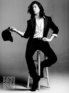 Ezra Miller Benny and joon Beautiful Boys, Beautiful People, Benny And Joon, Attractive People, Mode Inspiration, Mannequins, Celebrity Crush, Pretty People, Actors & Actresses