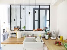 8 kitchen decorations inspired by a glass roof - Trendy Home Decorations Kitchen Decor, Kitchen Dinning Room, Home Decor Inspiration, House Interior, Kitchen Interior, Home Kitchens, Home Deco, Kitchen Dining Room, Home Decor