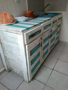 Pallet Kitchen Counter with Cabinets | 99 Pallets