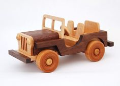 jeep Wooden Car, Wooden Toys, Wood Crafts, Diy And Crafts, Wood Craft Patterns, Wood Toys Plans, Hand Embroidery, Jeep, Woodworking