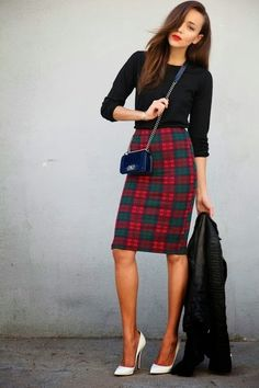 Need that skirt! Perfect holiday party outfit