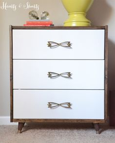 Ikea Rast Nightstand makeover into MidCentury Modern style Ikea Makeover, Furniture Makeover, Dresser Makeovers, Diy Furniture Projects, Ikea Furniture, Modern Furniture, Furniture Design, Blue Furniture, Simple Furniture