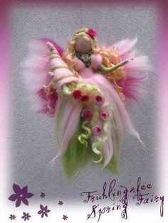 *NEEDLE FELTED ART ~ Gwanwyn+Frühlings+Fee+gefilzt,+Waldorf+,+Wolle++von+filzweiber+auf+DaWanda.com