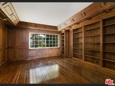 Oh, my. An honest to goodness library! Lago Vista Dr, Beverly Hills, CA