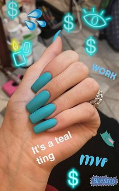 Kylie Jenner is a nail idol. If you want to learn Kylie Jenner's nails, nail shapes, nail designs and nail colors, this guide is definitely for you. Cute Acrylic Nails, Acrylic Nail Designs, Cute Nails, My Nails, Acrylic Art, Kylie Jenner Nails, Khloe Kardashian Nails, Coffin Nails Designs Kylie Jenner, Nail Polish