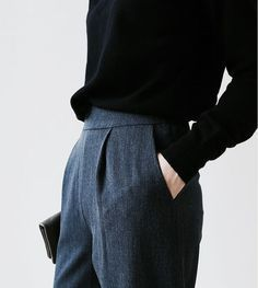 Death by Elocution - simple, menswear-inspired Fall outfit. Mode Chic, Mode Style, Alexa Chung, Looks Style, Style Me, Grey Style, Business Outfit Damen, Inspiration Mode, Mode Outfits