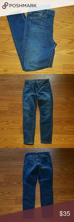 7 for all mankind stretch skinny jeans Sz.30 NWOT 7 for all mankind stretch skinny jeans Sz.30 NWOT  89% cotton 9% polyester 1% spandex onseam is 28 inches 7 For All Mankind Jeans