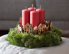 Advent, Christmas Crafts, Christmas Decorations, Pillar Candles, Wreaths, Holiday, Flowers, Design, Home Decor