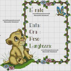 simba quadretto nascita Cross Stitch Baby, Cross Stitch Animals, Cross Stitch Charts, Cross Stitch Patterns, Baby Chart, Crochet Baby Mobiles, Le Roi Lion, Baby Disney, Small Flowers