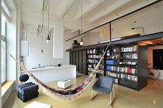 a-cozy-loft-inside-a-former-radio-factory1