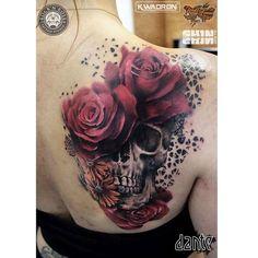 Tattoo skull roses tattoo's skull, skull rose tattoos и girl Tattoo On, Lace Tattoo, Cover Up Tattoos, Skull Rose Tattoos, Body Art Tattoos, Sleeve Tattoos, Badass Tattoos, Cool Tattoos, Tatoos