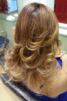 Spotted...in salone! Le sfumature ultranaturali e glamour del Degradé Joelle. #cdj #degradejoelle #tagliopuntearia #degradé #dettaglidistile #welovecdj #clientefelice #beautifulhair #naturalshades #hair #hairstyle #hairstyles #haircolour #haircut #fashion #longhair #style #hairfashion