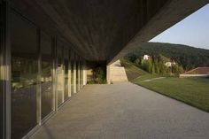 Covered Walkway (Eduardo Souta de Moura)