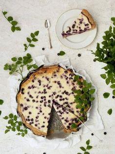 Mascarpone-mustikkapiirakka resepti Finnish Recipes, Sweet Pie, I Love Food, Sweet Treats, Cheesecake, Food And Drink, Dishes, Baking, Breakfast