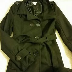 Black Pea Coat Classic Black Waist Length Peacoat. Bongo brand, size Small. Fits snug. BONGO Jackets & Coats Pea Coats