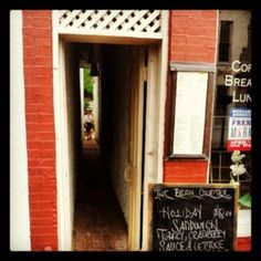 Narrow alley/walkway in Georgetown to get to the patio of The Bean Counter.
