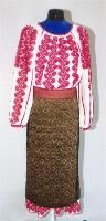 The Eliznik website is dedicated to the study of the traditional peasant culture in Romanian and Bulgaria Ethnic Outfits, Ethnic Clothes, Empire Ottoman, Folk Costume, Embroidered Blouse, Costumes For Women, Traditional Outfits, Romania, Arts And Crafts