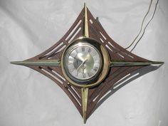 Retro mid-century modern starburst sunburst wall clock, mod vintage