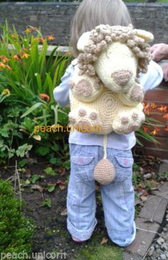 Kids Bag - Leo the Lion Backpack / Rucksack Crochet Pattern for a Crochet Beginner, Amigurumi Bag by Peach. Need more color in my opinion. Crochet Purses, Crochet Toys, Crochet Baby, Crochet Backpack, Backpack Pattern, Beginner Crochet Projects, Crochet For Beginners, Learn To Crochet, Crochet For Kids
