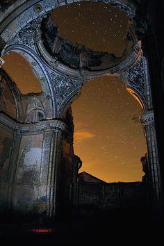 Iglesia de Agustin San, Belchite; fotografía por Rueda Palomares Agustin. Belchite, España