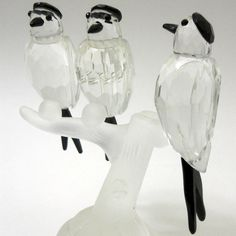 New Hand Blown Glass 3 Birds on a Tree Limb Faceted Body Black Heads Forked Tail