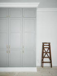 Hallway ideas closet bedroom, built in wardrobe и wardrobe doors. Bedroom Wardrobe, Wardrobe Doors, Built In Wardrobe, Closet Doors, Closet Shelves, Wardrobe Closet, Room Closet, Hallway Closet, Upstairs Hallway