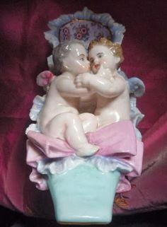 Porcelana portuguesa: Vista Alegre.