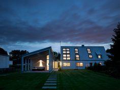 天窓のある明るく開放的なリノベーションハウス2